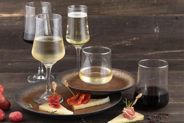 Tipos de copas y vasos para bar